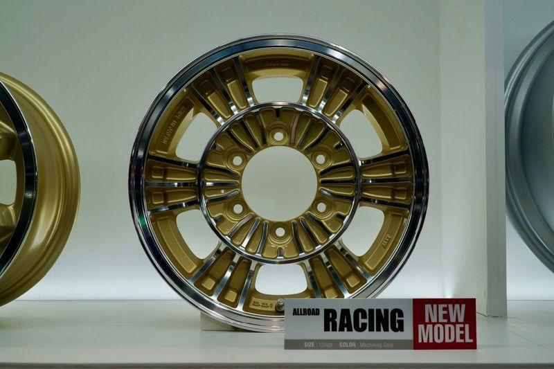ENKEIのハイエース向け新作ホイールALLROAD「RACING」オートサロン2019