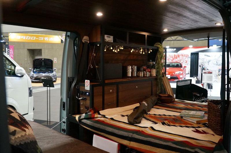 Santa Rosa ハイエースのライトキャンパー 名古屋オートトレンド2019