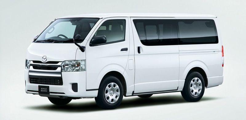 「マツダ ボンゴブローニイバン GL(2WD)」車両外観フロント(ホワイト)