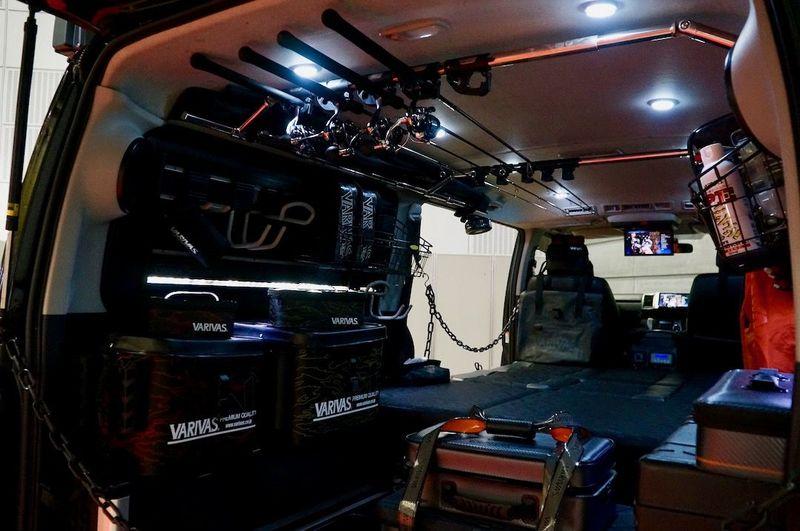 VARIVASテスター監修のフィッシングハイエース|200 HIACE NEEDSBOX VanLife