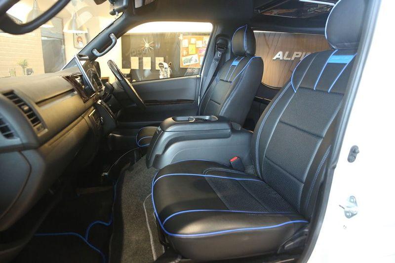 ハイエースバンS-GL用のオリジナルフロントシートカバー