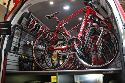 SPECIALIZED Test the Best NEEDSBOX ハイエース