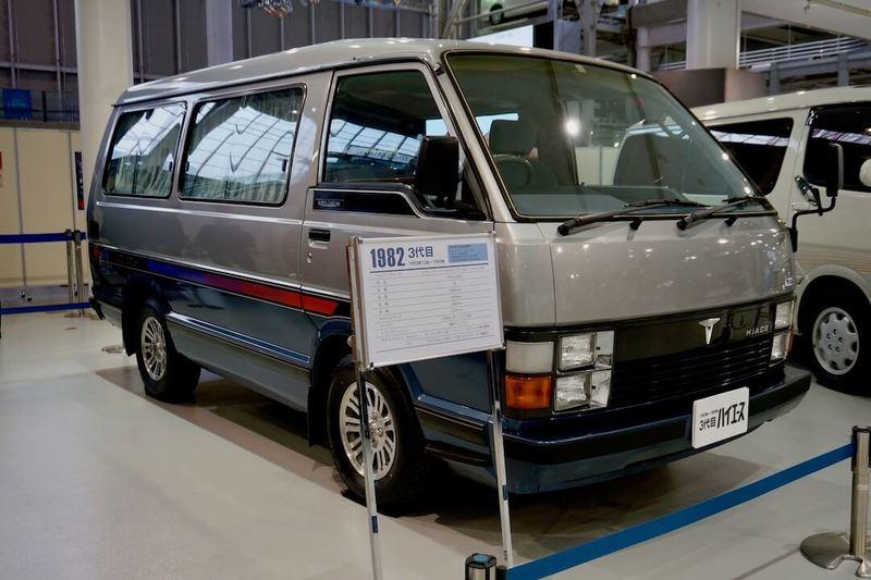 3代目ハイエース50系(1982年〜)