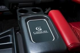 GIBSON  センターコンソール カーボンシート(レッド・ブラック) ハイエース200系共通