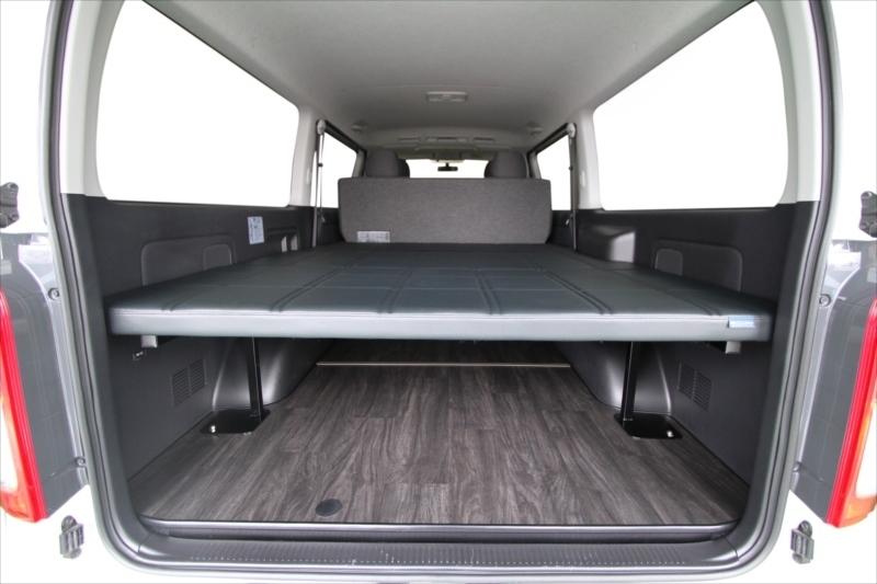 200系ハイエース S-GL標準ボディ ESフラットベッド
