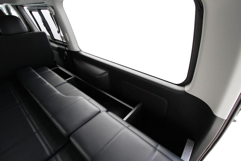 200系ハイエース ESフラットベッド ボックスタイプ
