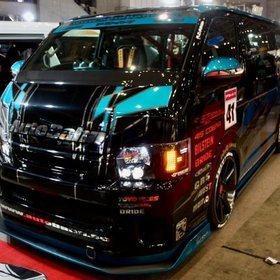 HIACE AutobahnGT (アウトバーンGT) 東京オートサロン2017の出展車両