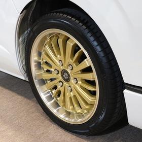 ダイレクトカーズ  車両名:アルヴェルエース プレミアムラウンジ  ベース車両:TOYOTA | ハイエーススーパーロング キャンパー特装車  ホイール:BLUME阿修羅ーASURA- (F・R 18×7.5J+38) 東京オートサロン2017出展車両