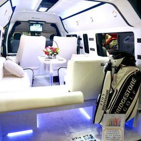 """ハイエースの豪華内装カスタム""""WINGS premium"""" セカンドハウス 東京キャンピングカーショー2016出品車輌 http://www.sh-zoom.com/index.html"""