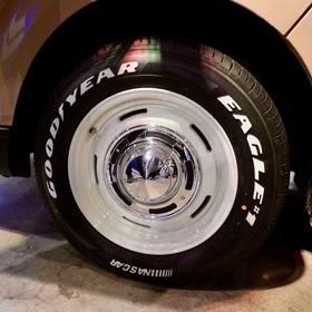 FLEXカスタムハイエース  Renoca HIACE COAST LINES  ベース車両:TOYOTA | ハイエース  ホイール:DEAN CROSS COUNTRY(F・R 16×7J+40)  東京オートサロン2017出展車両