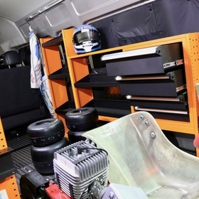 ユーアイビークルカスタムハイエース  JOBACE/TOOLBOX TYPE  ベース車両:TOYOTA | ハイエースバン/スーパーロングDX  東京オートサロン2017出展車両
