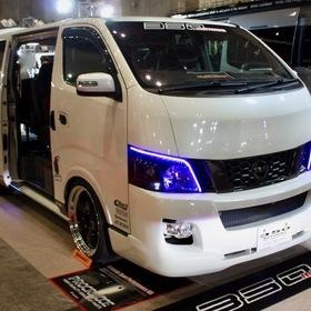 ARJ(350MOTORING) ベース車両:NISSAN | NV350キャラバン 東京オートサロン2017出展車両