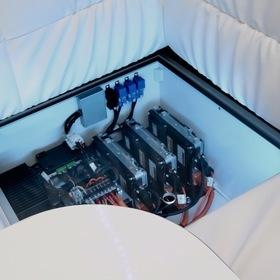 日産自動車  NV350 CARAVAN GRAMPING CAR  ベース車両:日産| NV350キャラバン  キャンピングカーショー2017出展車両  リチウムイオンバッテリー搭載グランピングカー
