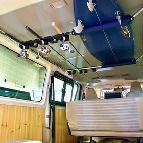 CRS ESSEX  ベース車両:ハイエース200系TRH200   CRS ESSEXの「ウッディエース」  海が似合うサーファー向けカスタム  大阪オートメッセ2017 出展車両