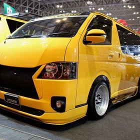 CRS/ESSEX ローダウンハイエース 200系標準ボディ  オートサロン2018 https://hiace.funcars.jp/articles/119