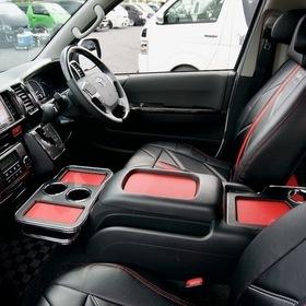Dynasty ハイエースカスタム EXIST EVO  インテリア、運転席、コンソール、シートカバー スーパーカーニバル2016  ハイエース200系