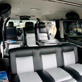 BLUME車中泊カスタムハイエース「ラングラー」 車内、テーブル、可変シート、フラット化 BLUME・ダイレクトカーズ スーパーカーニバル2016